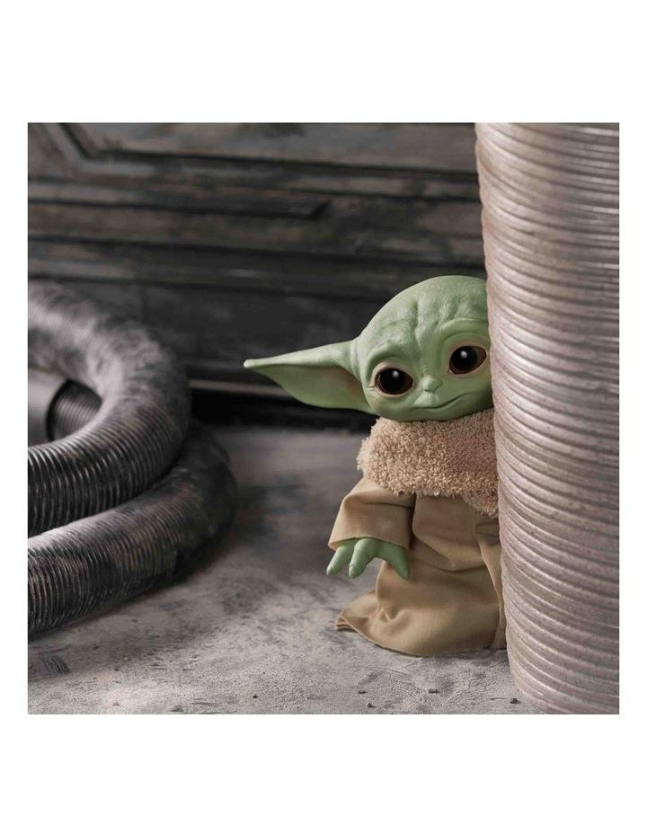 "STAR WARS The Child Talking 7.5"" Plush Toy - The Mandalorian image 3"