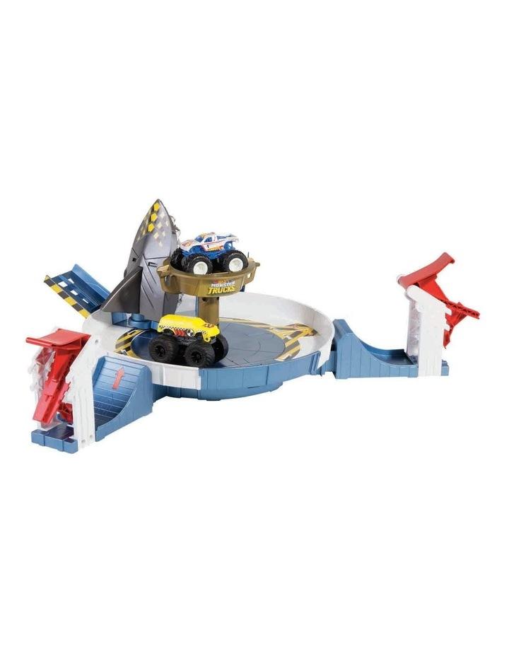 Monster Truck Mecha Shark Face-Off Play Set image 2