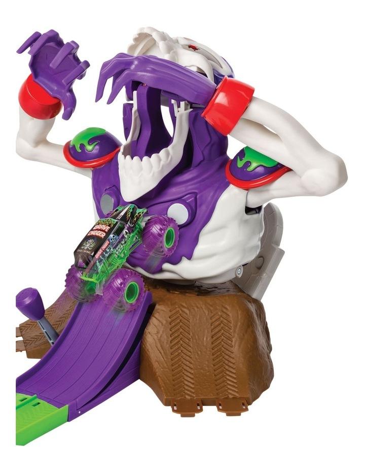 Monster Jam 1:64 Grim Take Down Playset image 4