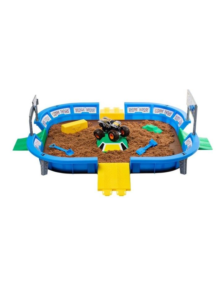 Monster Jam Kinetic Dirt Arena Playset image 3