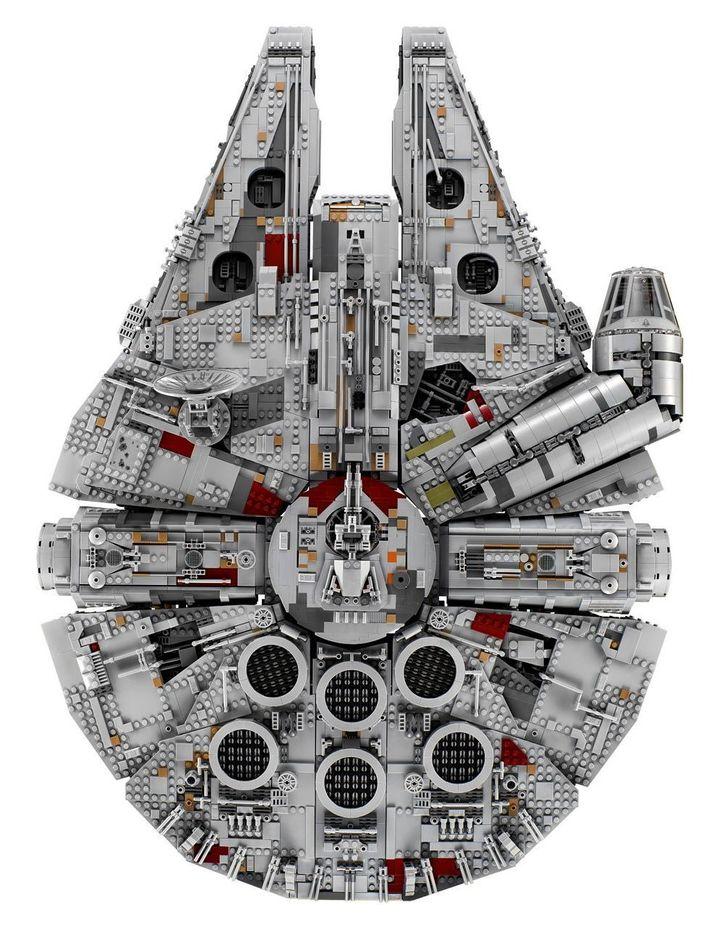 Star Wars Millennium Falcon 75192 image 5