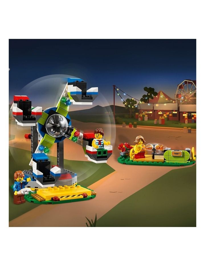 Creator 3in1 Fairground Carousel 31095 image 7