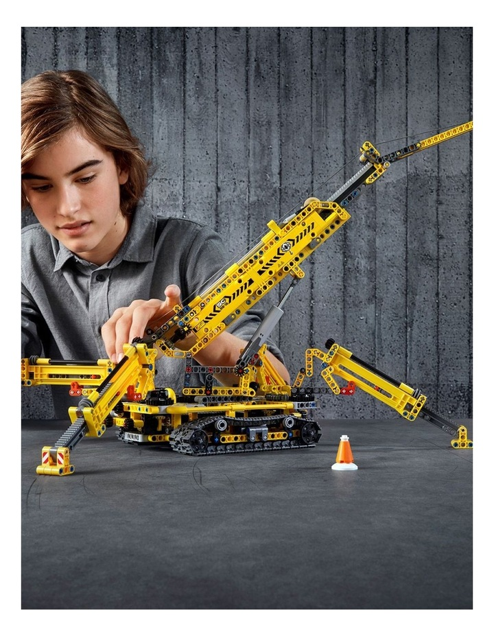 Technic Compact Crawler Crane image 4