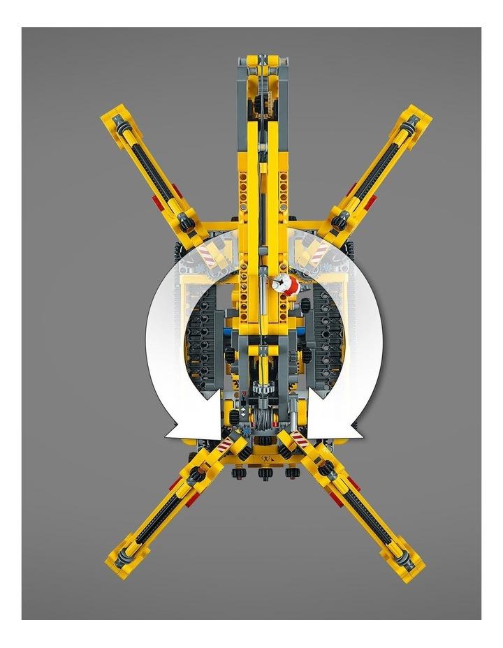 Technic Compact Crawler Crane image 6