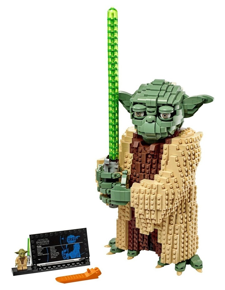 Star Wars: Attack of the Clones Yoda 75255 image 2