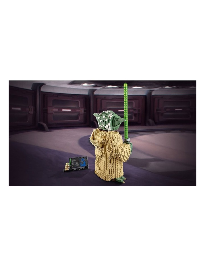 Star Wars: Attack of the Clones Yoda 75255 image 3