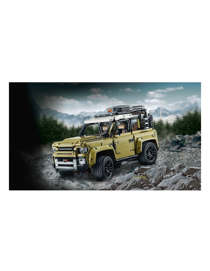 Technic Land Rover Defender 42110 image 3