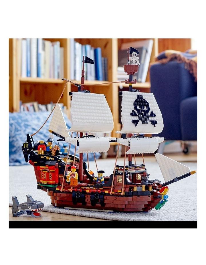 Pirate Ship 31109 image 3
