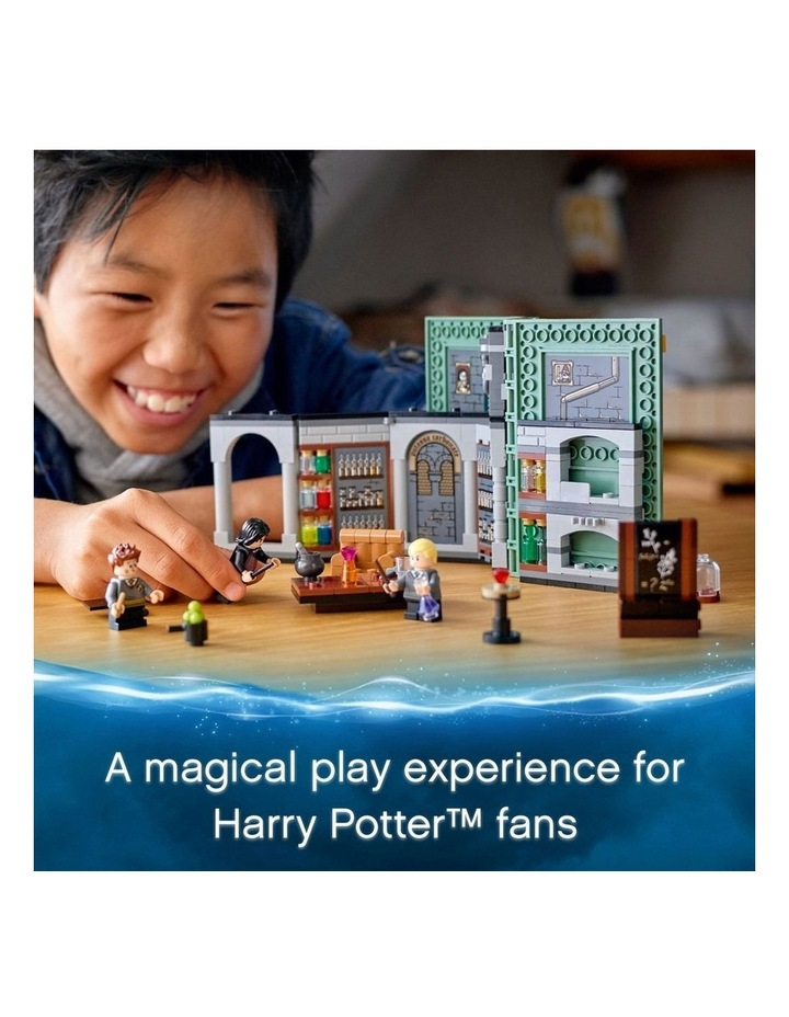 Harry Potter Hogwarts Moment: Potions Class 76383 image 3