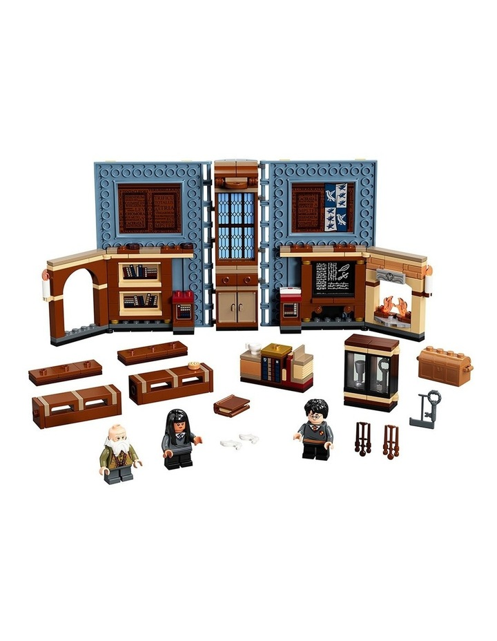 Harry Potter Hogwarts Moment: Charms Class 76385 image 2