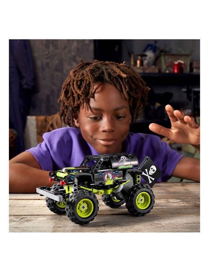Technic Monster Jam Grave Digger 42118 image 6