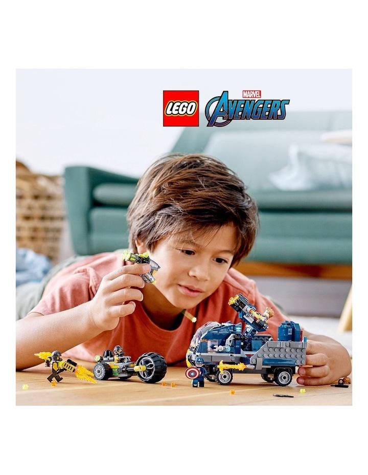 Marvel Avengers Truck Take-Down 76143 image 3