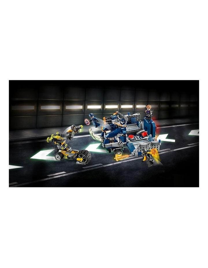 Marvel Avengers Truck Take-Down 76143 image 6