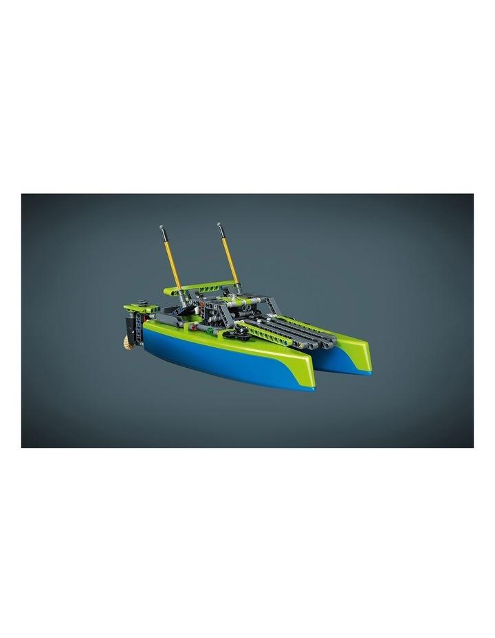 Technic Catamaran 42105 image 6