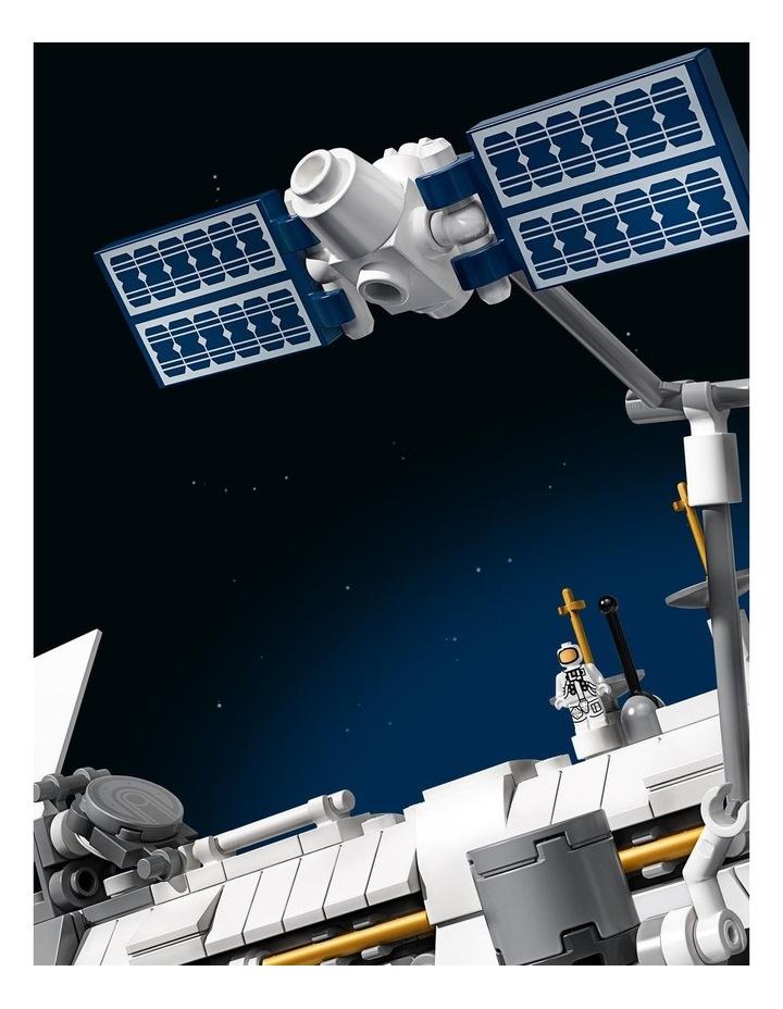 Ideas International Space Station 21321 image 5