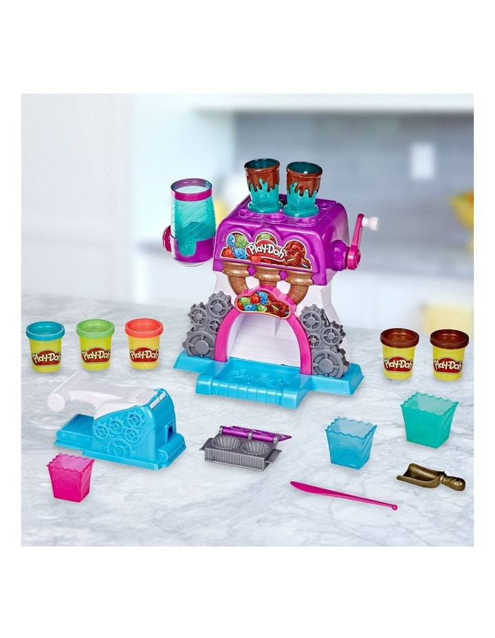 Play-Doh Kitchen Creations - Candy Delight Playset - Incl 5 Dough Compounds image 5