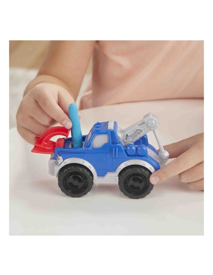 Wheels Tow Truck Toy for Kids 3 Years and Up with 3 Non-Toxic Play-Doh Colors image 5