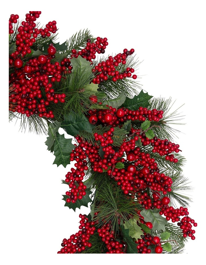 Heirloom 71cm Traditional Red Berries With Plastic Leaves Wreath image 2