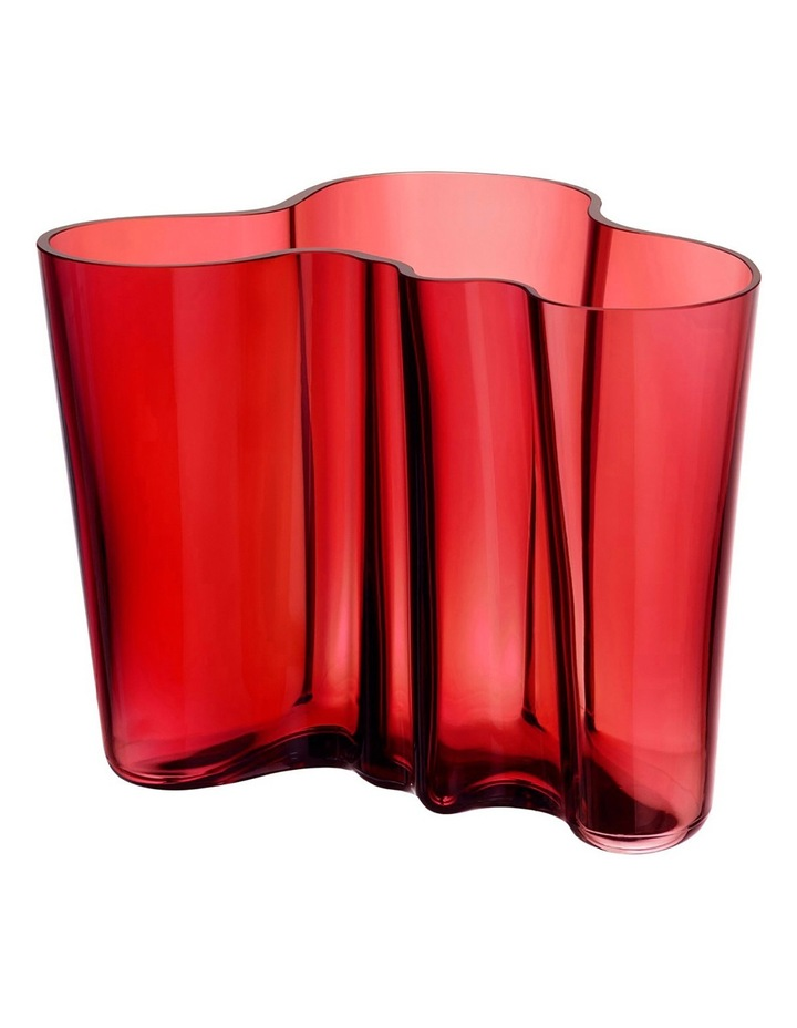Alvar Aalto 16cm Glass Vase in Cranberry image 1