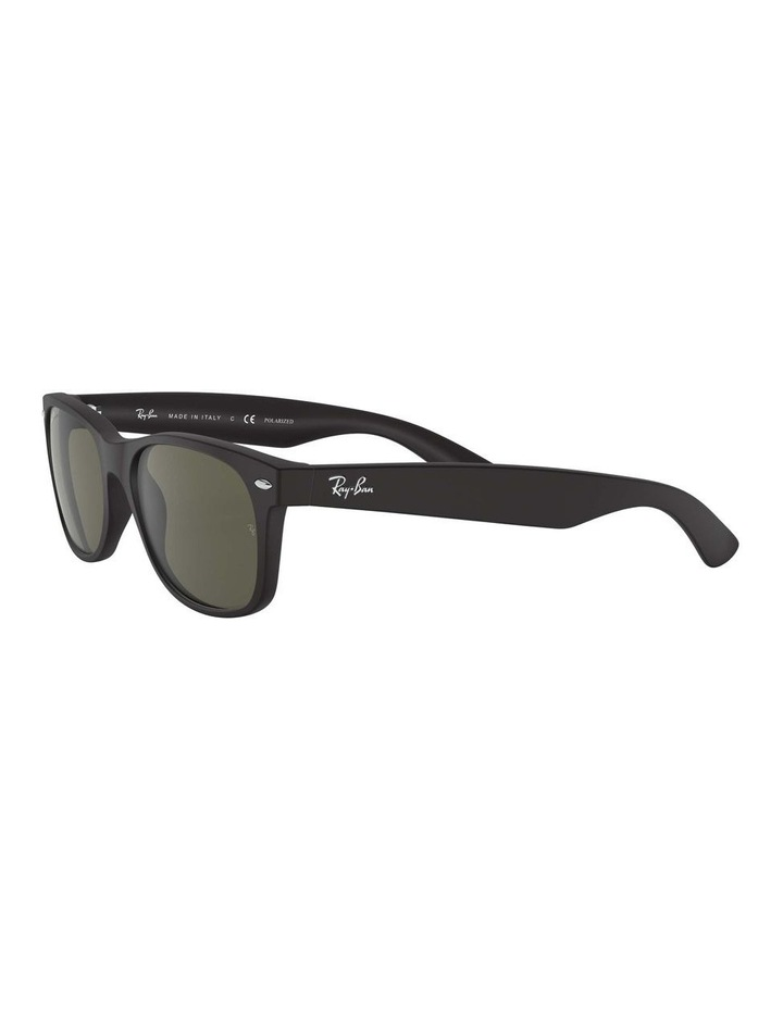 0RB2132 New Wayfarer 1062726049 Polarised Sunglasses image 3