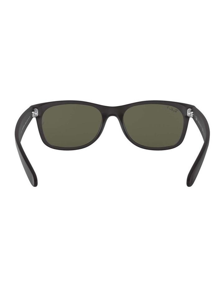0RB2132 New Wayfarer 1062725045 Polarised Sunglasses image 7