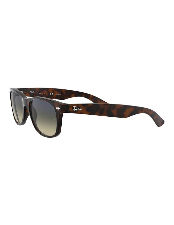 0RB2132 New Wayfarer 1062725042 Polarised Sunglasses image 3