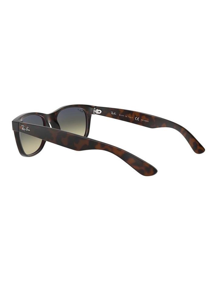 0RB2132 New Wayfarer 1062725042 Polarised Sunglasses image 5