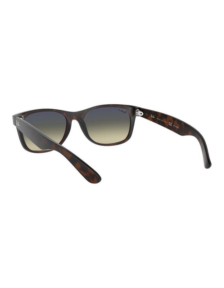 0RB2132 New Wayfarer 1062725042 Polarised Sunglasses image 6