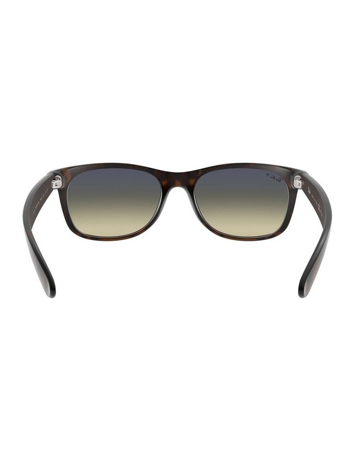 0RB2132 New Wayfarer 1062725042 Polarised Sunglasses image 7