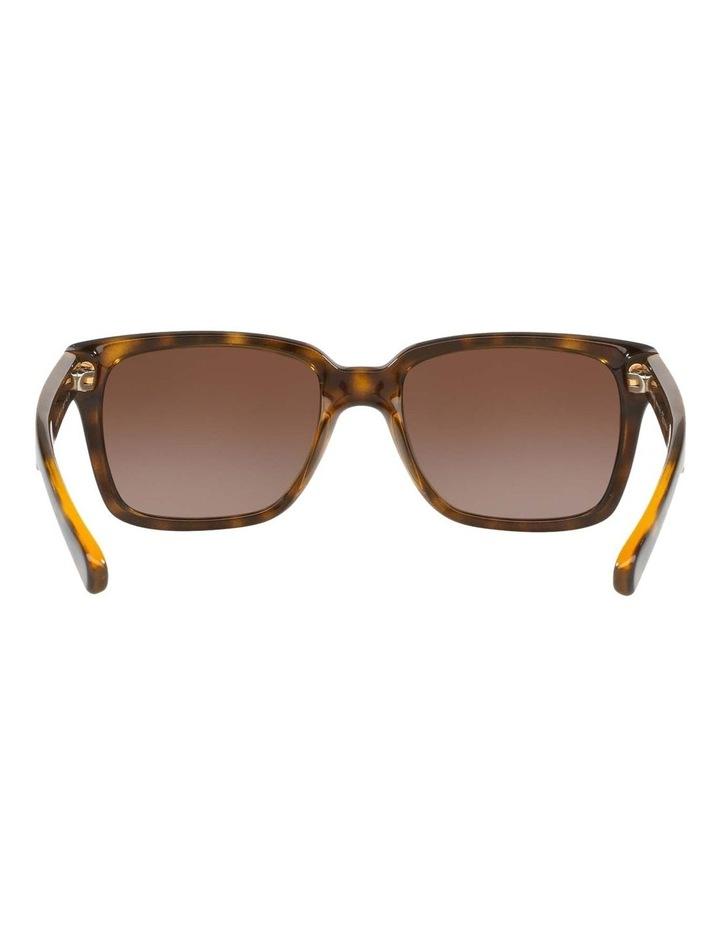 HU2012 437241 Polarised Sunglasses image 7