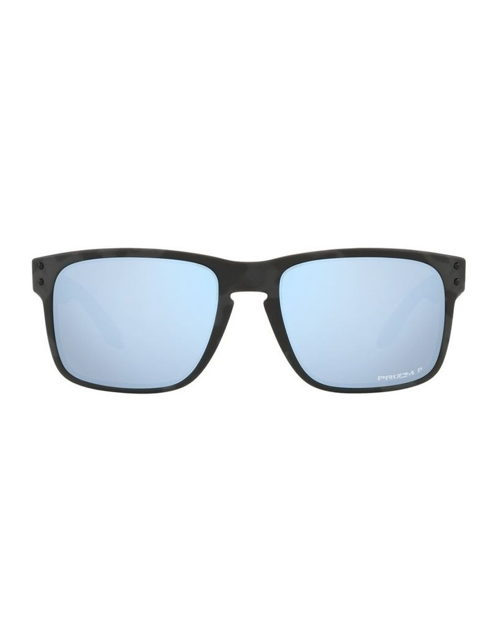 0OO9102 Holbrook 1089577230 Polarised Sunglasses image 2
