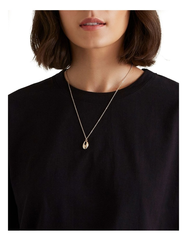 Shell Necklace image 2