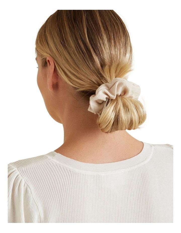 Linen Look Scrunchie image 3