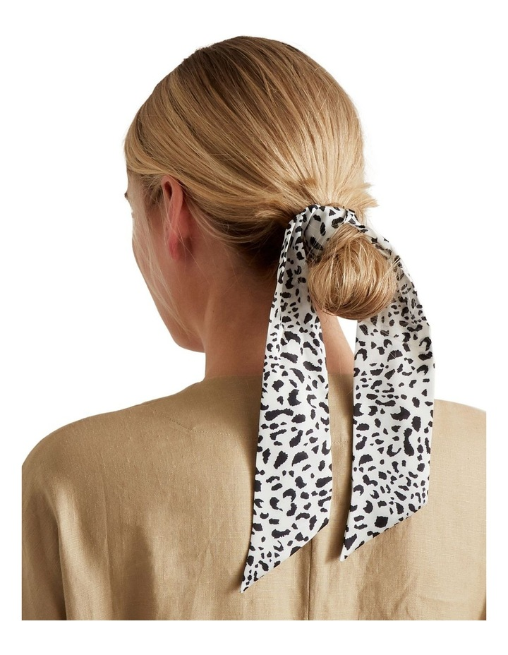 Thin Neck Scarf image 2