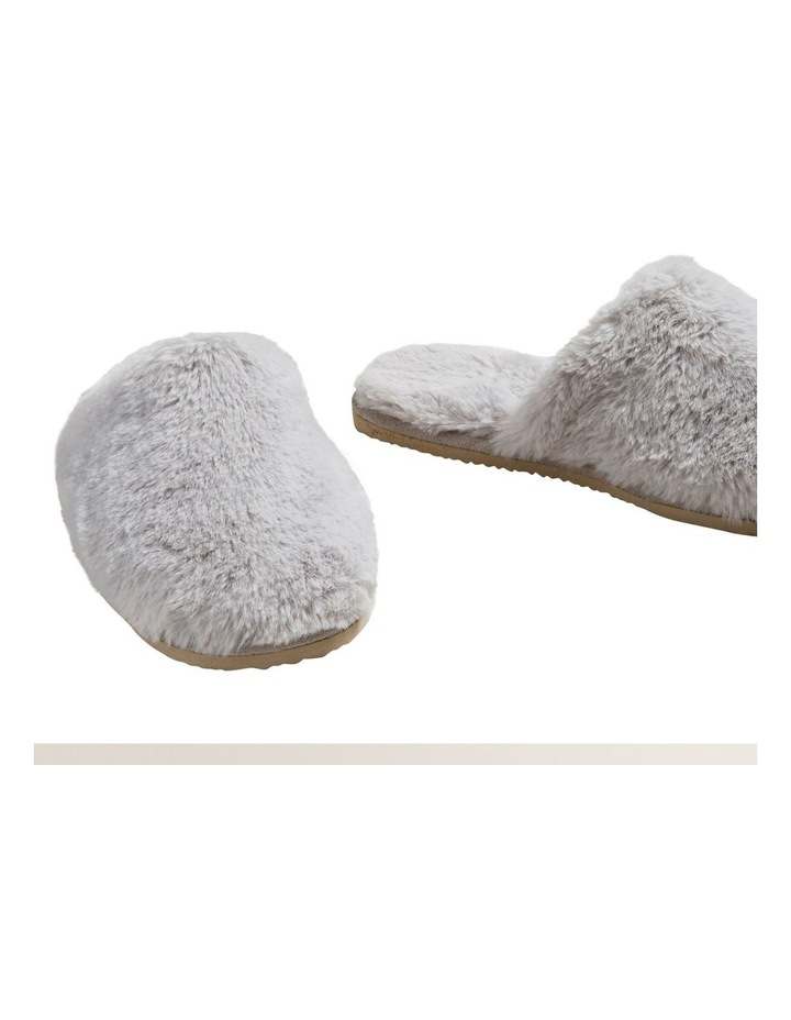Slippers image 5