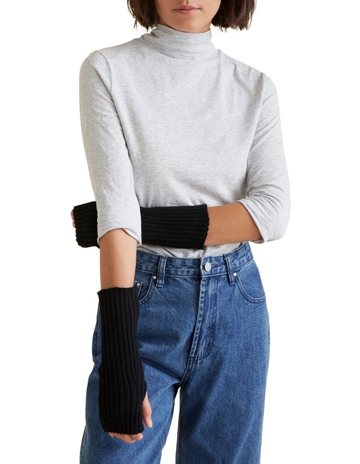 Rib Gloves image 2