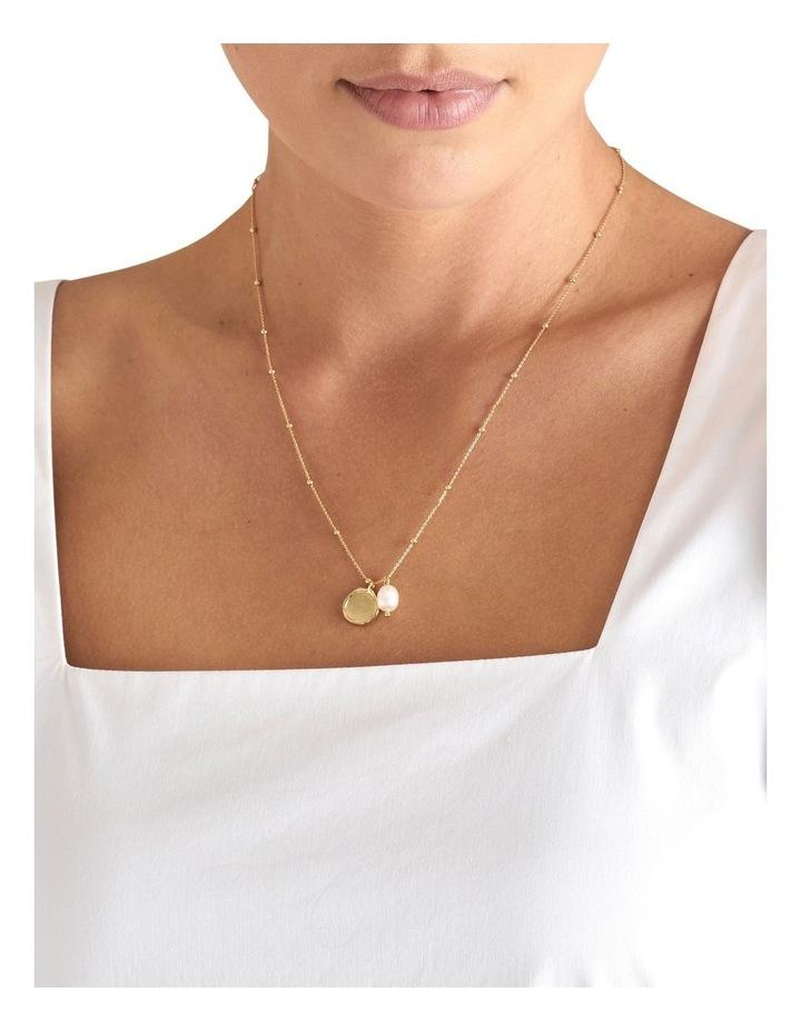 Fine Pearl Pendant Necklace image 2