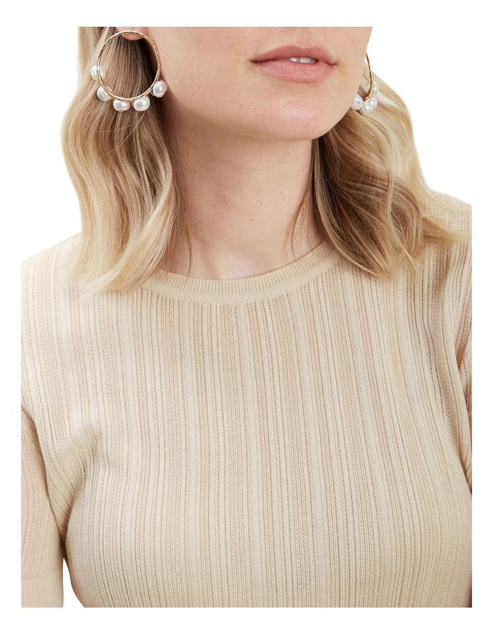 Front Facing Pearl Earrings image 2