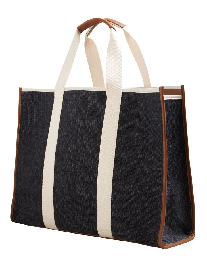 Abby Tote image 3