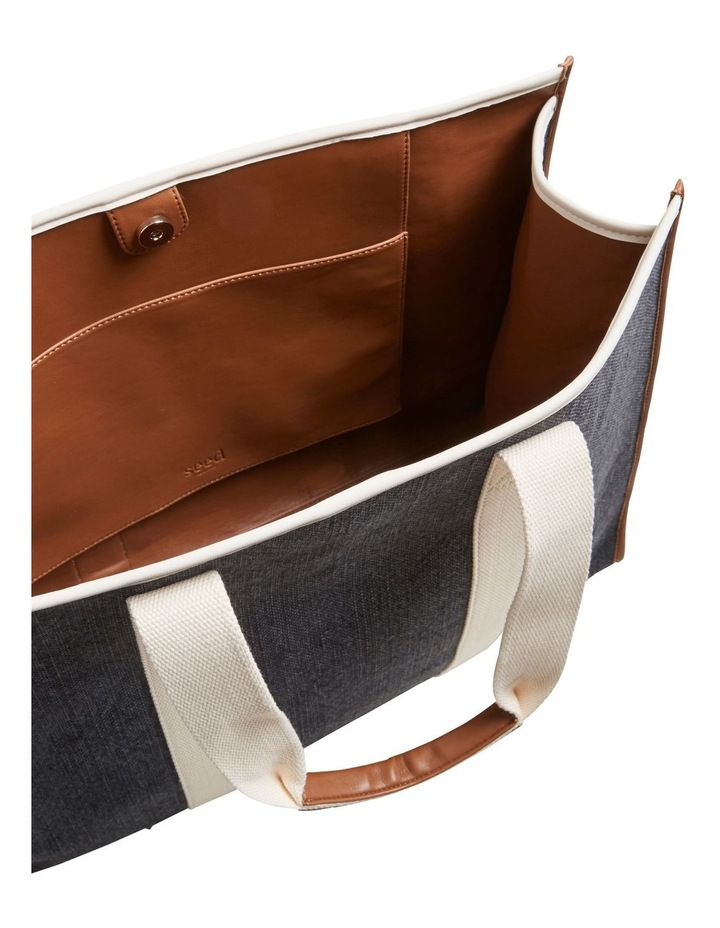 Abby Tote image 5