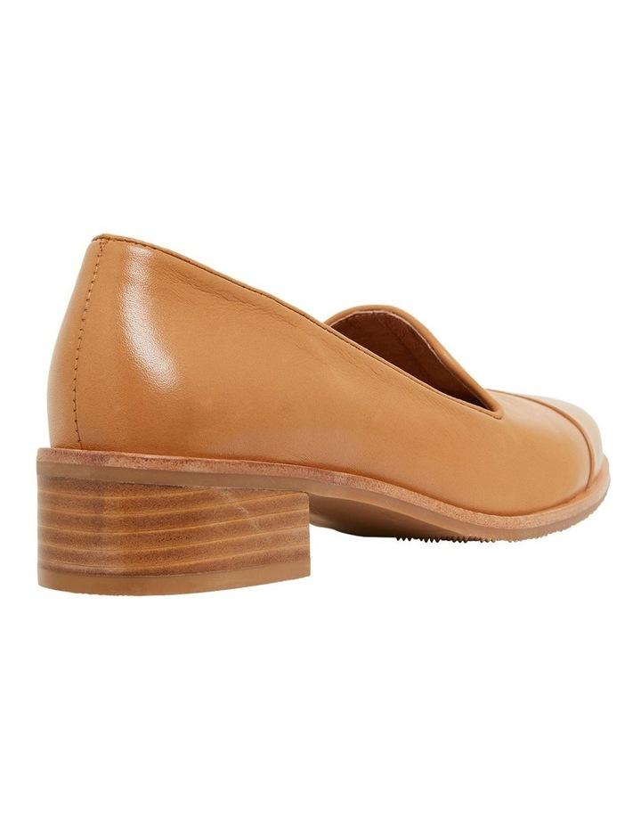 Sable Cognac Glove Flat Shoes image 4
