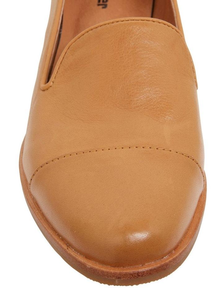 Sable Cognac Glove Flat Shoes image 5