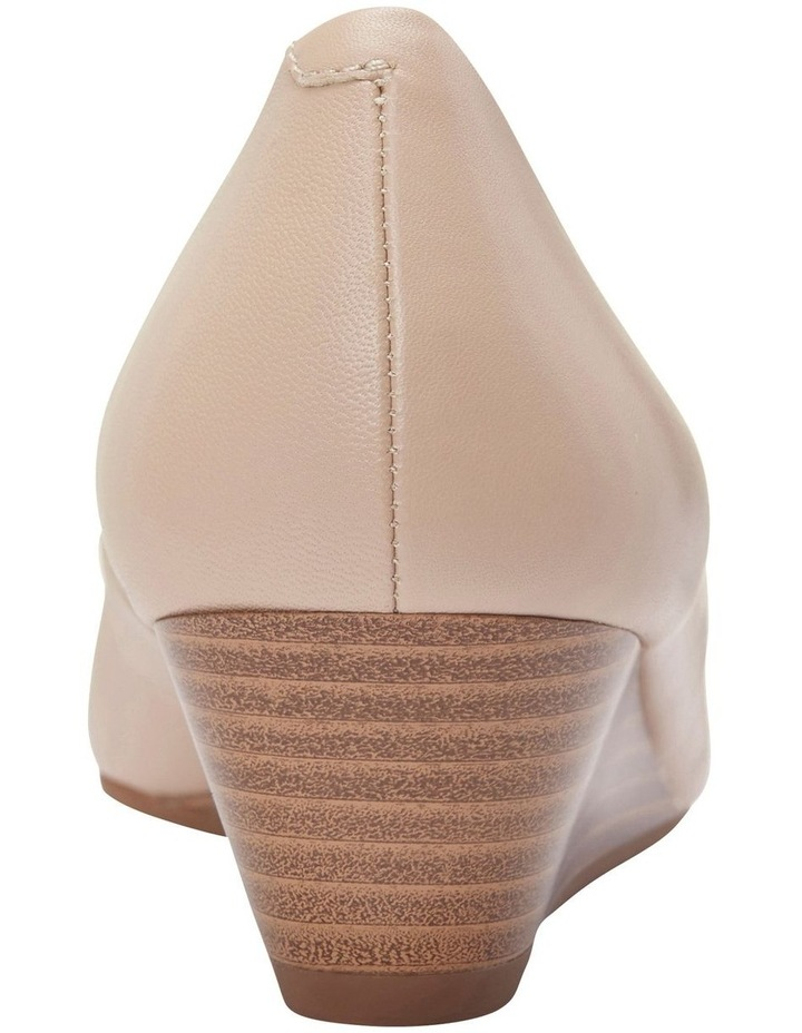 Henry Nude Glove Heeled Shoes image 4