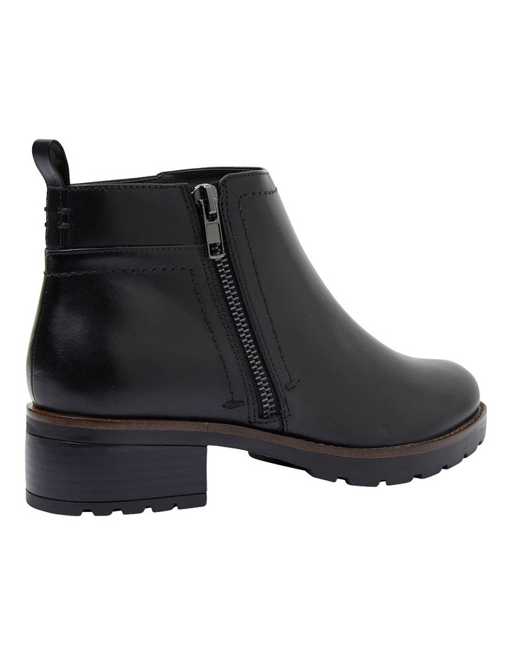 Ibis Black Glove Boots image 4