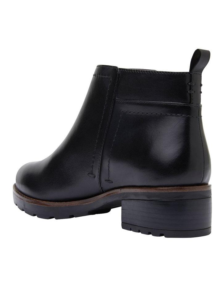 Ibis Black Glove Boots image 6