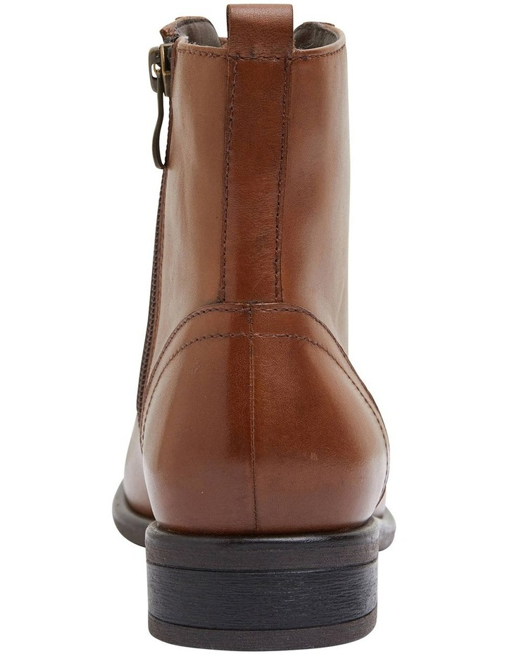 Badge Mid Brown Glove Boots image 5