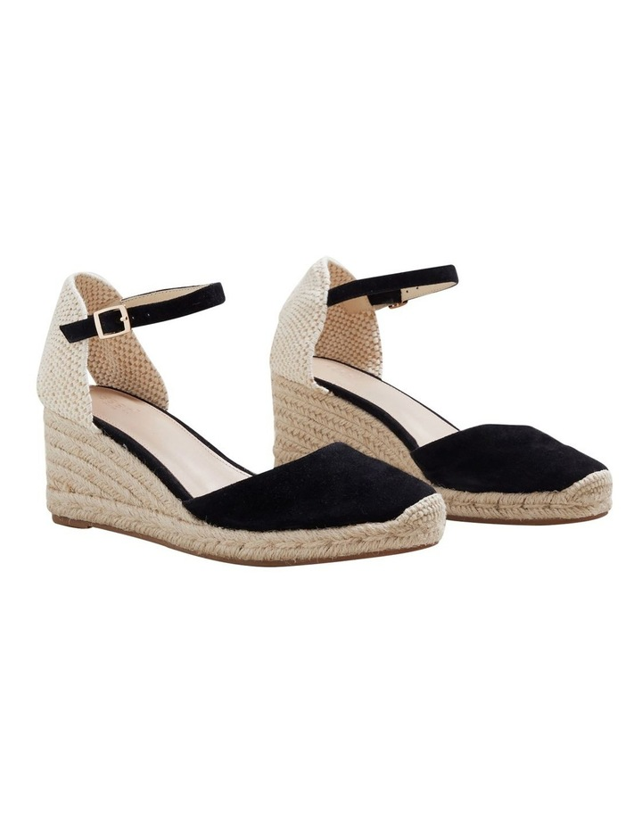Darcy Wedge image 3