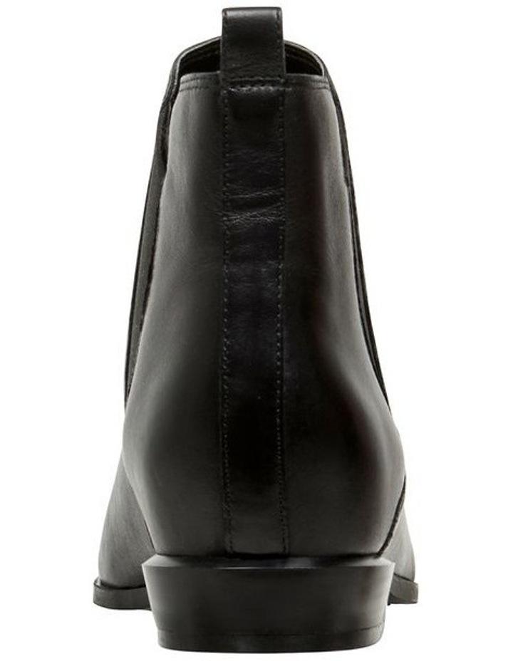 Doloris Boots image 4