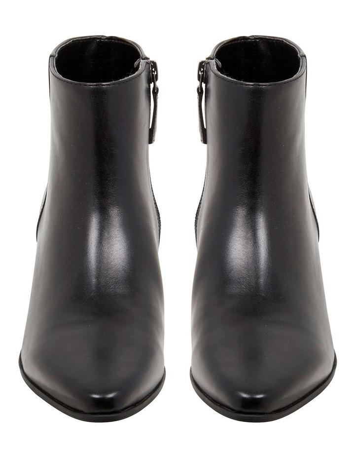 Toya Boots image 3