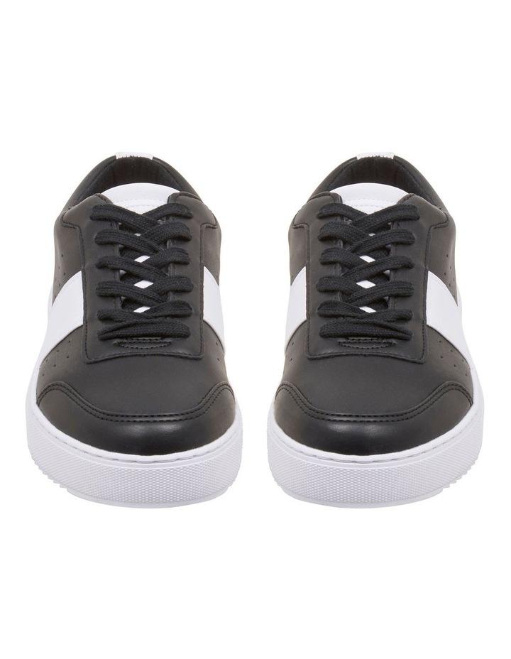 Reese Sneakers image 3